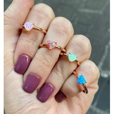 Anello opale madreperlato